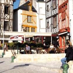 Fête de Noel dans le quartier Bourgogne (Associations des commerçants)